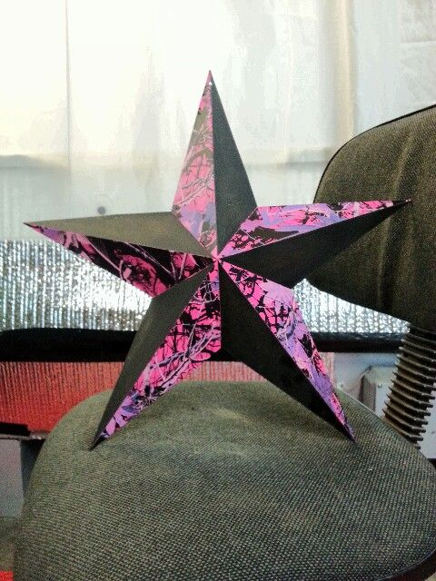 Pink camo on metal star