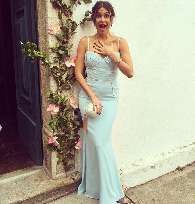 Meu Deus ela vai casar! Obrigada  @dress_and_go  por me deixar lindaaaa novamente! #softedan