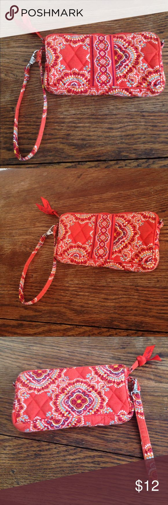 "Vera Bradley wristlet paprika pattern Vera Bradley wristlet paprika pattern, orange ,zippers at top, 7""across, 4"" high and 1"" wide, good condition Vera Bradley Bags Clutches & Wristlets"
