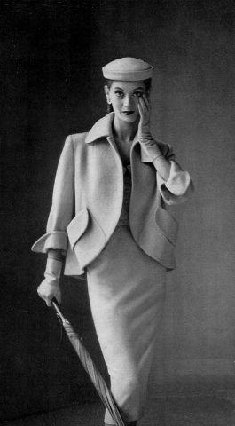 hat. Vogue, 1951.