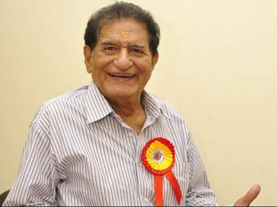 CM Parkash Singh Badal and Dy CM Sukhbir Singh Badal expressed heartfelt condolences on the sad demise of King of Punjabi Comedy, Mehar Mittal. May his soul rest in peace!
