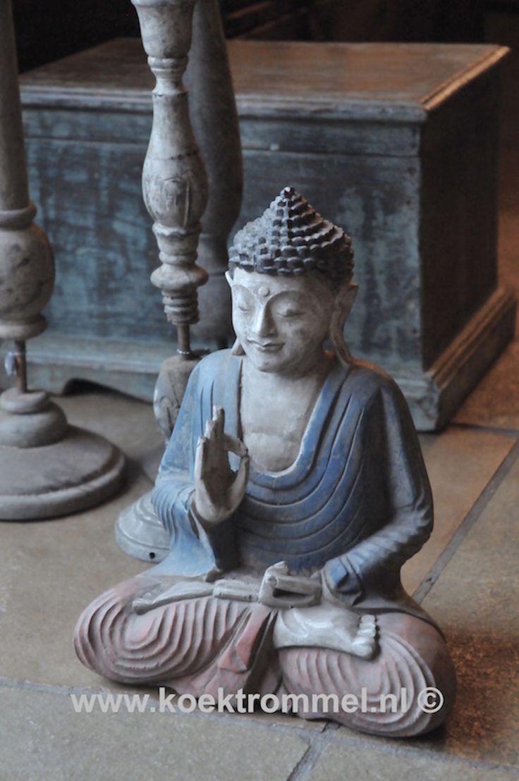 Met de hand vervaardigd houten Boeddha beeld