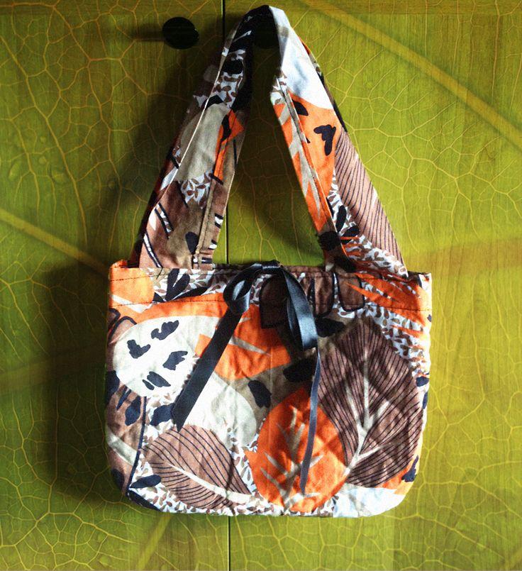 #borsa realizzata con #stoffa #riciclata e #nastri