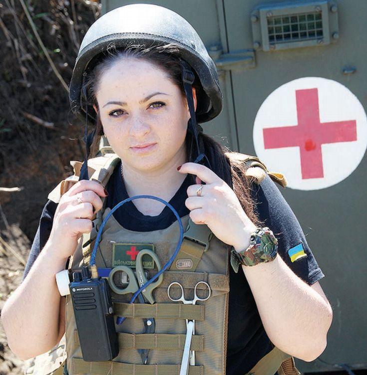 Картинки женщины военные врачи