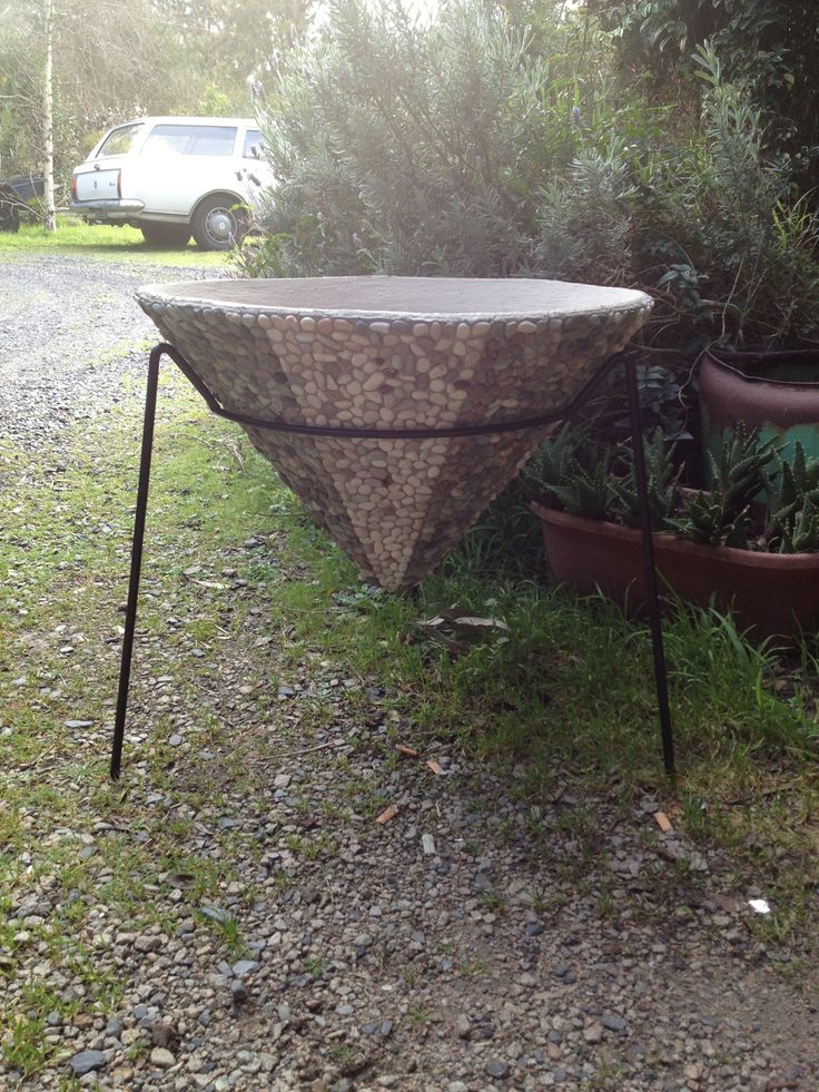 Hand pebbled 1950s cone planter on custom frame by Kurrlson Ind