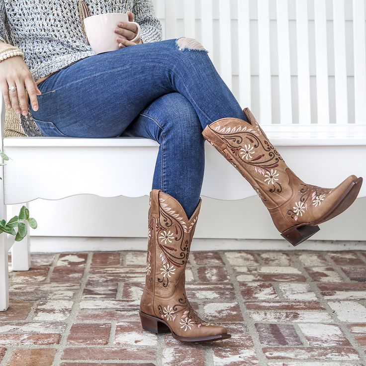 Sit back and relax in a new pair of Shyanne cowgirl boots.