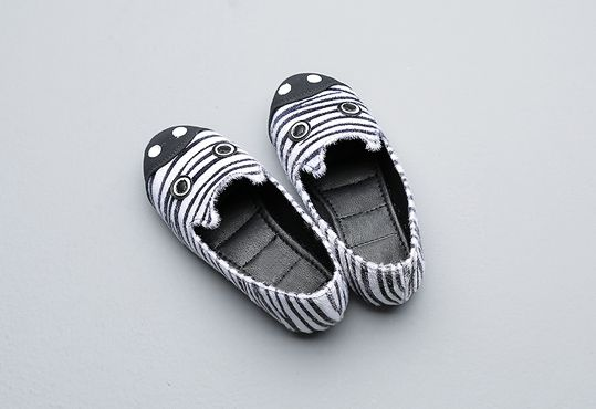 Korea children's No.1 Shopping Mall. EASY & LOVELY STYLE [COOKIE HOUSE] Zebra Sneakers / Size : 140-225 / Price : 37.91 USD #cute #koreakids #kids #kidsfashion #adorable #COOKIEHOUSE #OOTD #shoes #sneakers #zebra #unique #fashion_item #item