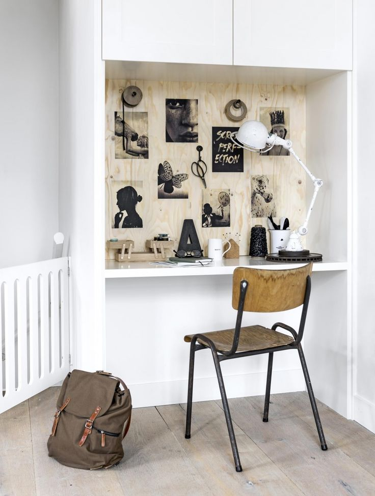 Mood board of wood - Added benefit: all loose cords can be hidden behind the plate nicely.