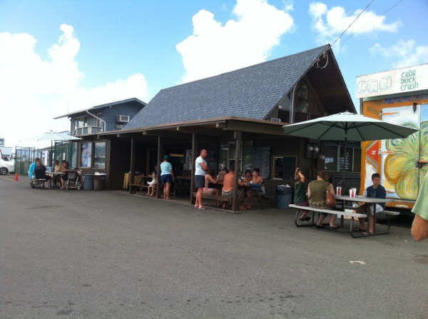 17 best images about drive ins diners dives on for Fishing stores oahu