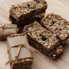 Granola Bars (via www.foodily.com/r/Z42Ib3OgM-granola-bars-by-pamela-salzman)