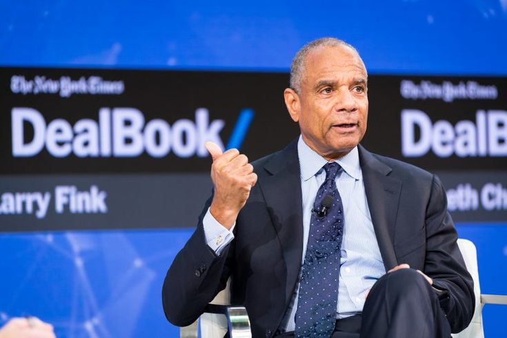 American Express CEO Kenneth Chenault to Join Facebook, 1st African-American to Sit on FB's Board of Directors