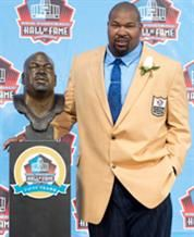 LARRY ALLEN Dallas Cowboys San Francisco 49ers Class of 2013 Guard/Tackle >>> 6-3, 325 (Sonoma State, Butte Junior College) 1994-2005 Dallas Cowboys, 2006-07 San Francisco 49ers Larry Christopher Allen ... Drafted by Cowboys in 2nd round (46th player overall) in 1994 played every position on offensive line with Dallas Named first-team All-Pro seven straight years Elected to 11 Pro Bowls Named to NFL All-Decade Teams of 1990s and 2000s Born November 27, 1971 in Los Angeles, California.