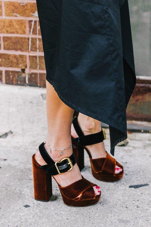 The Best Velvet Platforms Of The Season | Le Fashion | Bloglovin'