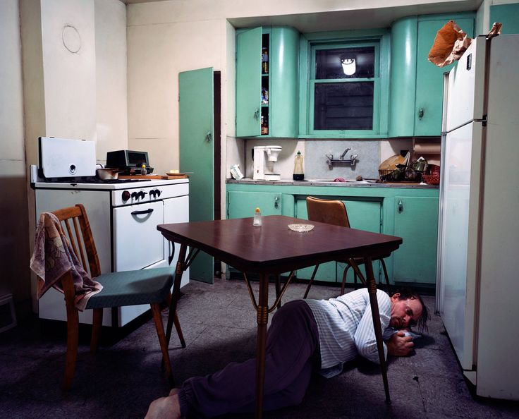 Jeff Wall - Insomnia, 1994. Cibachrome in Leuchtkasten