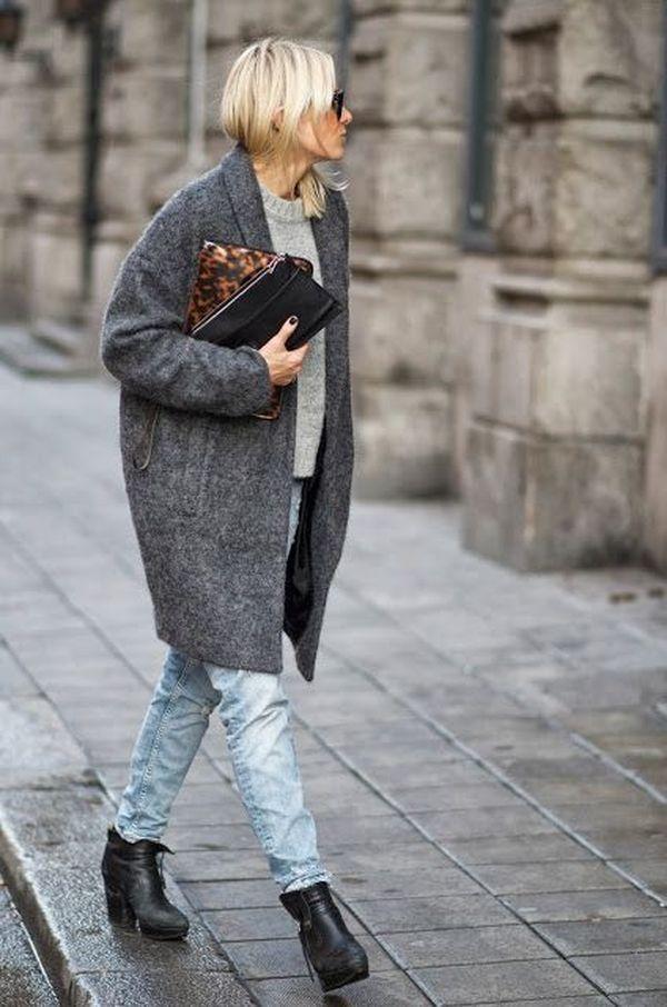 Идеальное осеннее сочетание: джинсы и серое пальто