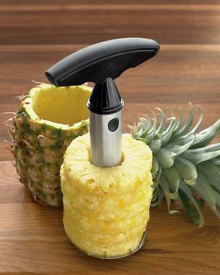 Pineapple easy slicerCooking Gadgets, Williams Sonoma, Pineapple Corer, Pineapple Slicer, Kitchens Gadgets, Products, Kitchens Tools, Easy Slicer, Pineapple Easy