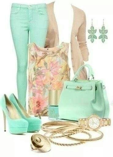 Hermoso Outfit en beige y verde manzana