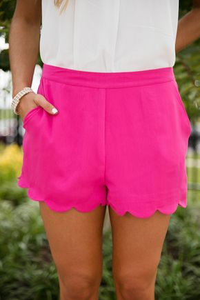 So Confidently Classic Shorts Hot Pink