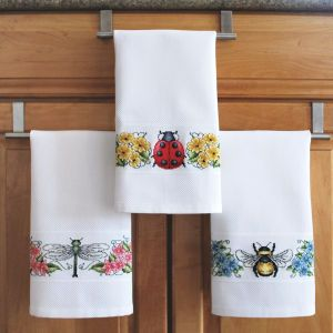 Banded Huck Bug Towel Set - Cross Stitch, Needlepoint, Embroidery Kits – Tools and Supplies