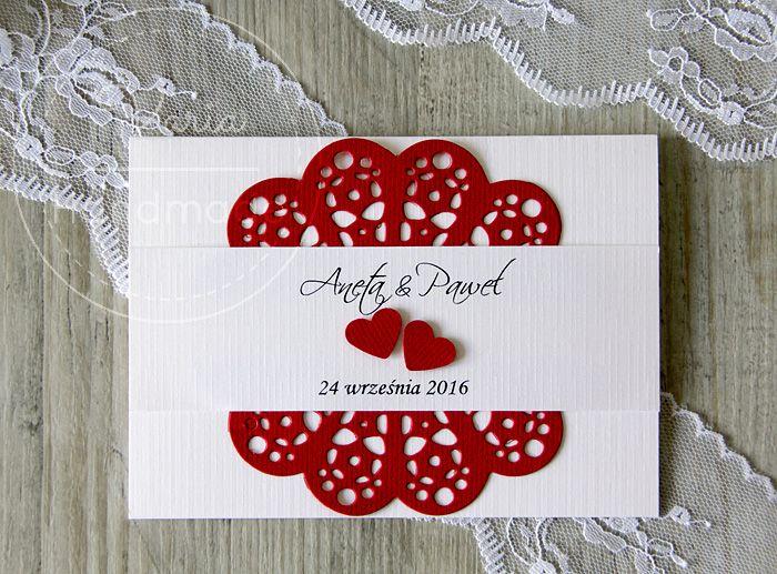 Zaproszenie ślubne z czerwonymi sercami