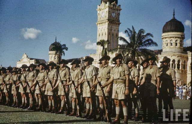 vintage everyday: Colour Photos of Singapore Military in 1941