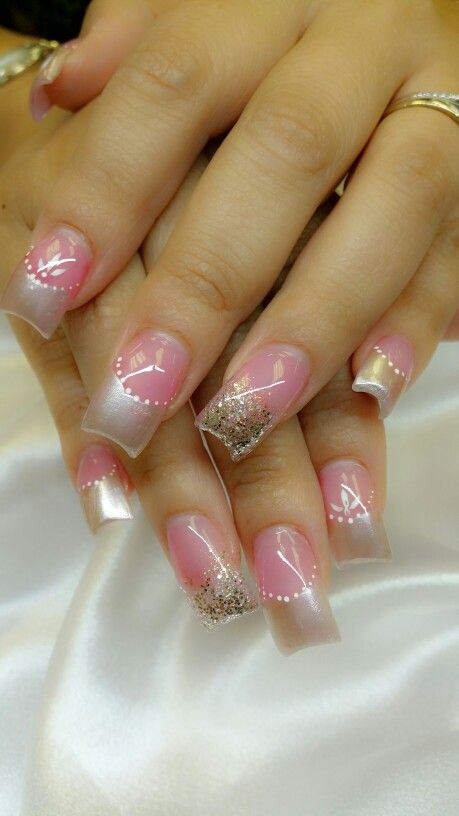wedding elegant nails beauty