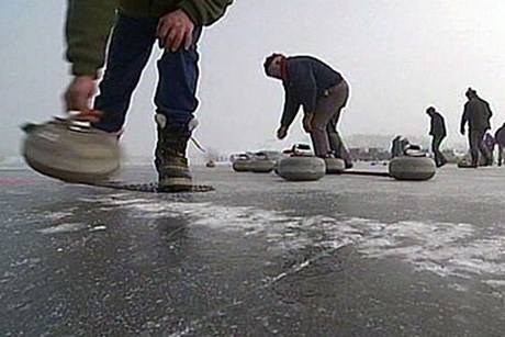 Curling, Central Otago. The all important throw... http://www.centralotagonz.com/curling