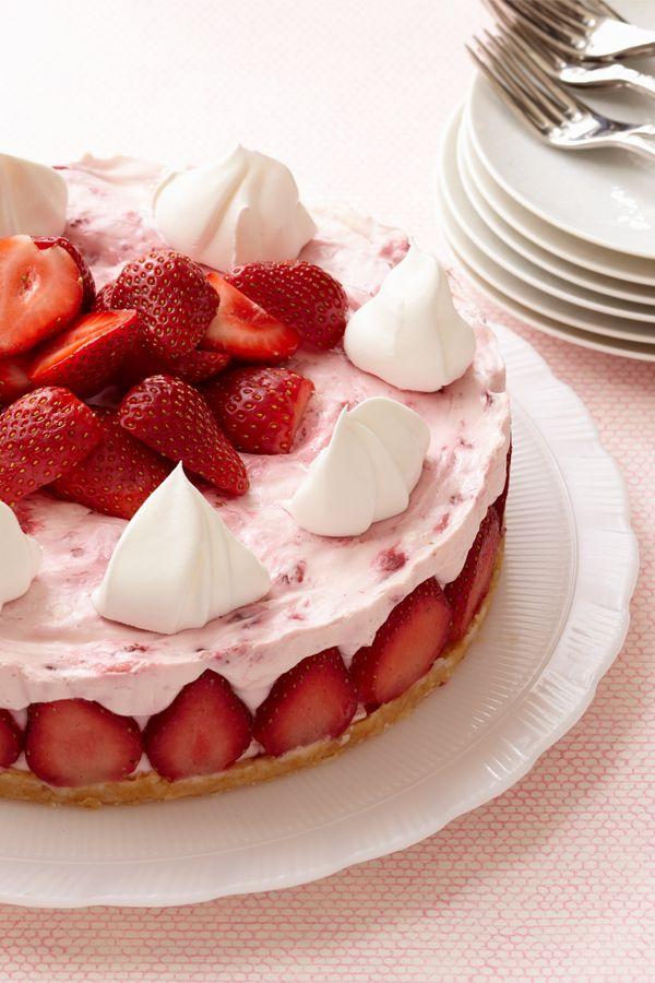 Celebrate summer with this sweet, refreshing strawberry no-bake cheesecake recipe.