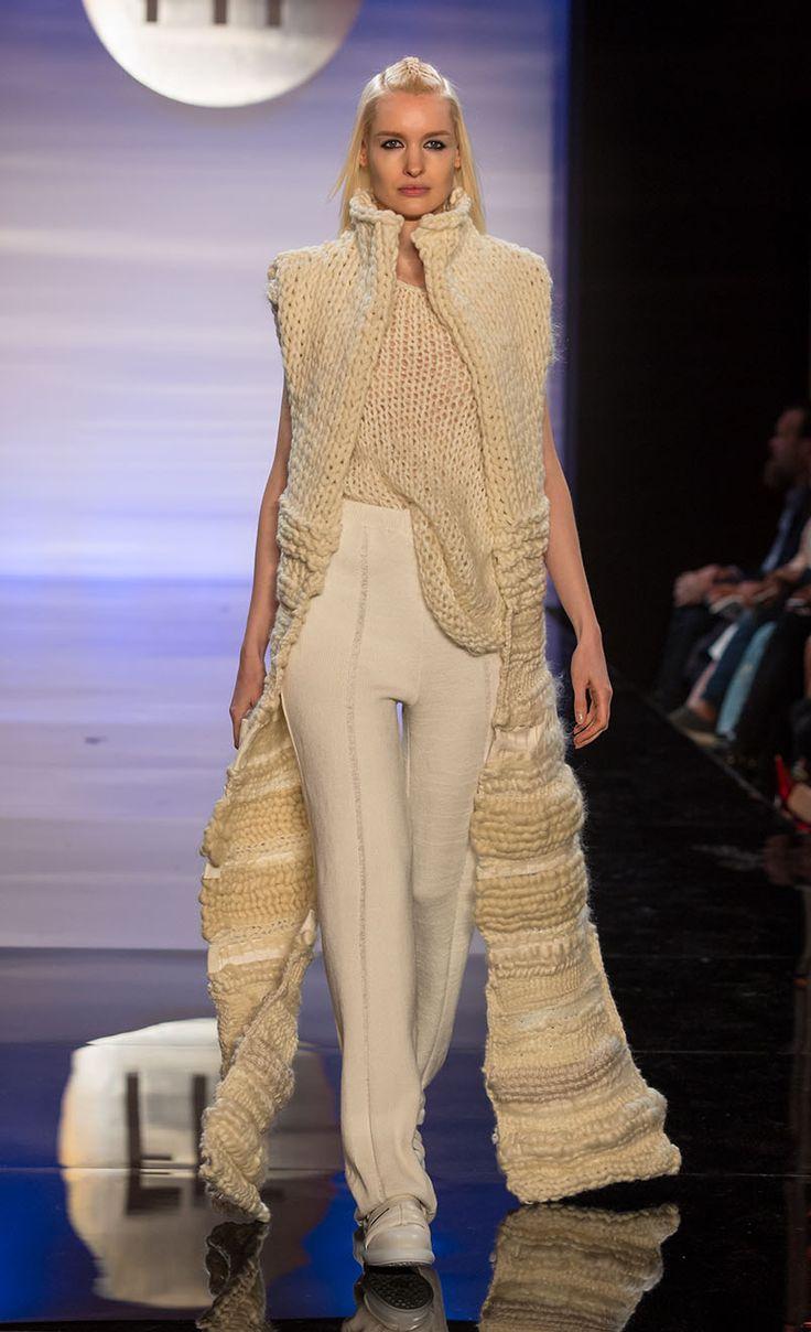Kelsey Fries - knitGrandeur®: The Future of Fashion, FIT 2016 Knitwear