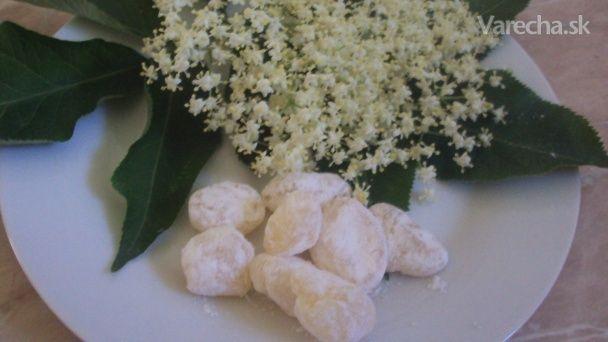 Cukríky z bazy čiernej (fotorecept)
