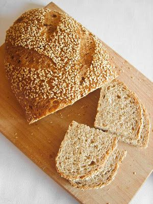 Twoje&Moje: Pszenny chleb z selerem i sezamem