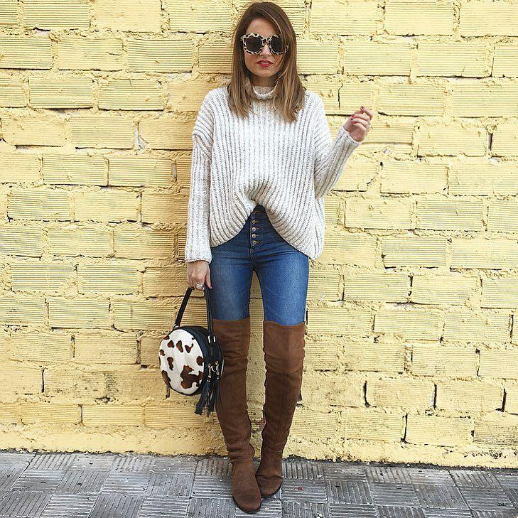 Happy sunday!!  jersey: #zara (new) jeans y gafas: #pullandbear (old) bolso: @tiendaruta66 botas: #stradivarius (new) by mjose_ps