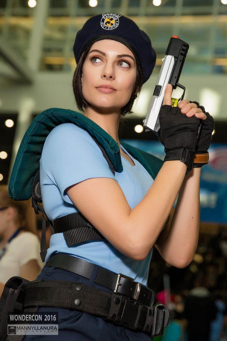 https://flic.kr/p/Fq9vGU | Wondercon 2016 Cosplay Julia Voth Jill Valentine | Resident Evil Julia Valentine Cosplay from Wondercon 2016