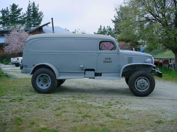 vintage trucks   VINTAGE MILITARY TRUCKS Work'n Hard for the Navy.