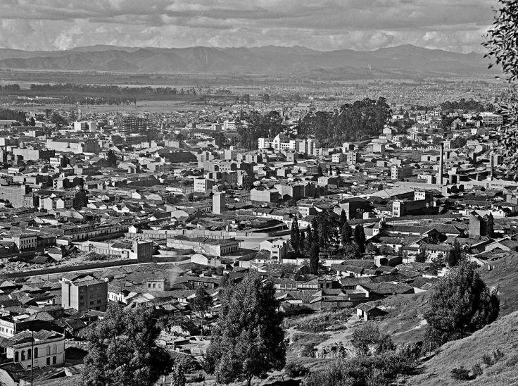 Panorámica de Bogotá / Saúl Orduz / 1949 / Colección Museo de Bogotá: MdB 00383 / Todos los derechos reservados