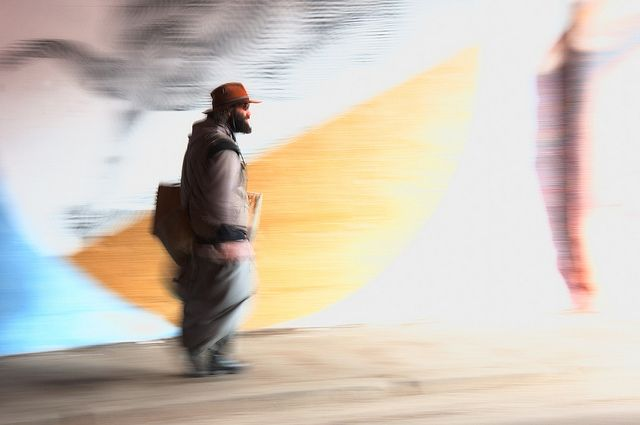 uomo che cammina | Flickr – Condivisione di foto!