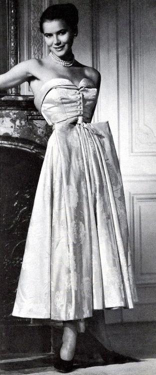 Christian Dior Dress - 1946 - @~ Watsonette