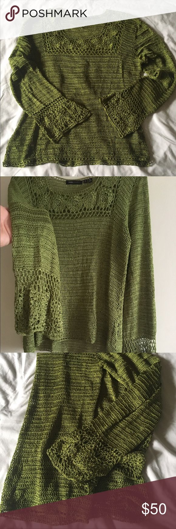 BCBG NWOT Knit Top🍀💚🐢👒 This NWOT heavy knit BCBG size XL is beautiful! It feels silly on the skin with a hint of weight that gently presses against your body making every movement sexier than the last. I must tell you that though it is marked XL, it fits like a true Medium. It has never been worn and it shouldn't sit around unused. I only fold it to store it--Never on a hanger as a hanger is no good for this knit. Thank you so much for shopping my closet! Happy Poshing! 💚🍀🌺🌼👒…