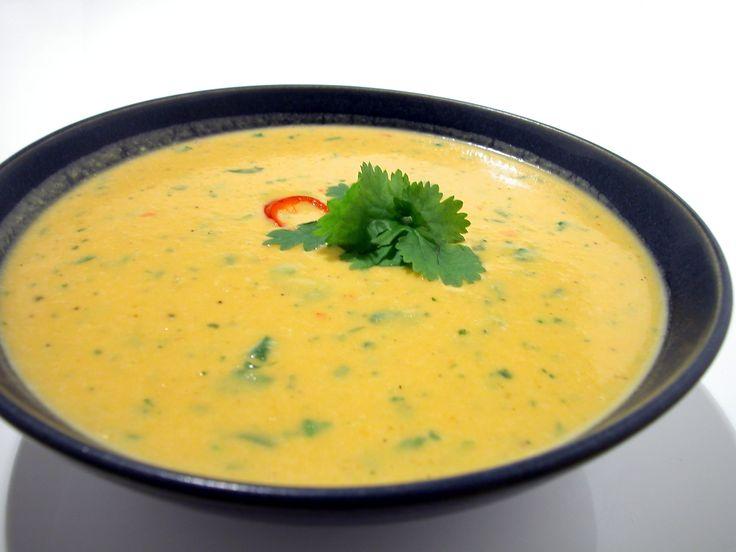 Värmande soppa som mättar länge. Sötpotatis är sprängfylld av nyttigheter, och soppan blir så vacker den kan bli! Här hittar du receptet på vår soppa.