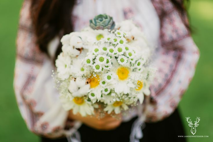 Daisies, cotton, gypsophila and echeveria bouquet