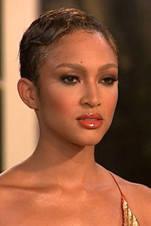 """Naima Mora, Cycle 4 