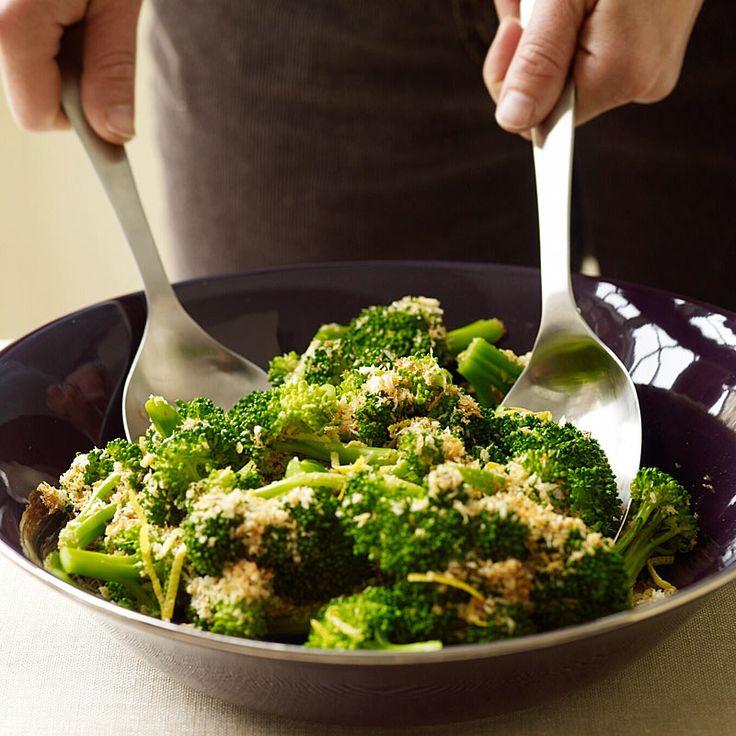 Broccoli with Lemon-Garlic Crumbs Recipe | Weight Watchers
