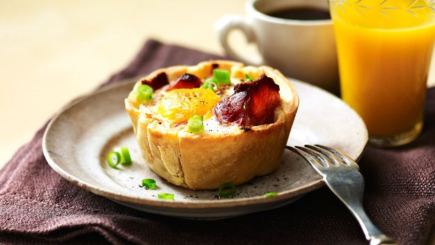 Sausage, egg and bacon pies recipe - 9kitchen