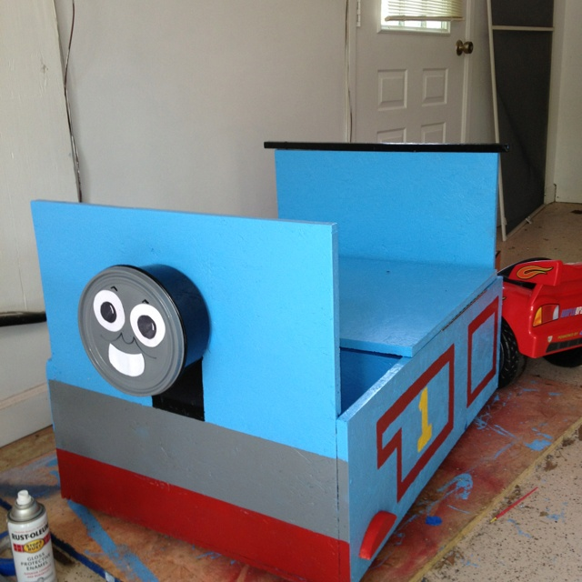 Thomas the Train toybox. 17 Best images about Thomas the Train room on Pinterest   Toddler