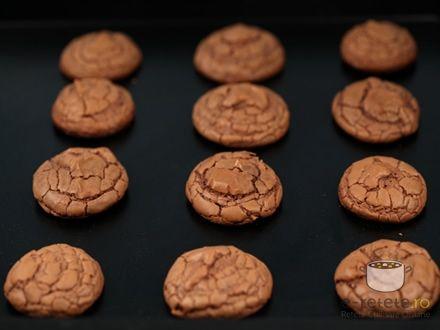 Fursecuri cu ciocolata. Imagini pas cu pas pentru fursecuri cu ciocolata