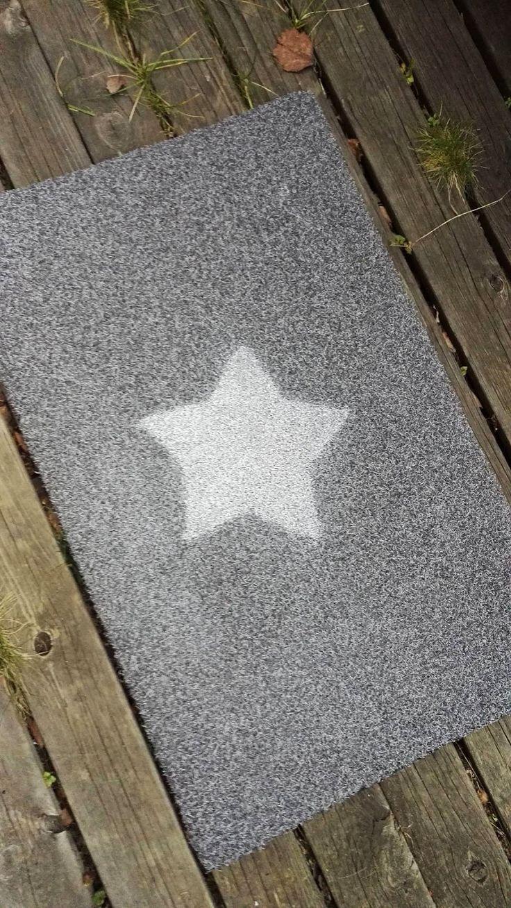 Kyllähän te tiedätte miten hankalaa on löytää juuri sellainen itseään miellyttävä matto? Värejä löytyy, mutta joko ne on tylsän yksinke...