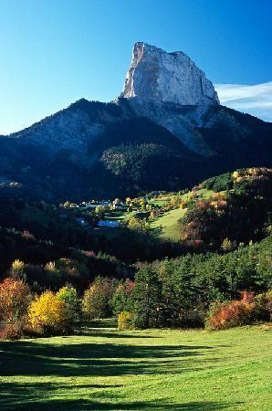 Le mont aiguille, Rhone Alpes Au pied du Vercors...magnifique !