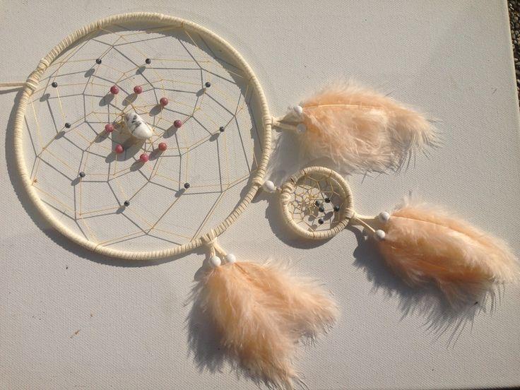 Traumfänger & Mobiles - Weißer Traumfänger mit Magnesit und Rhodonit - ein Designerstück von Traumnetz-com bei DaWanda