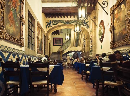 Went there first time Fer took me to DF Café de Tacuba en la Ciudad de Méxcio, Mexico City