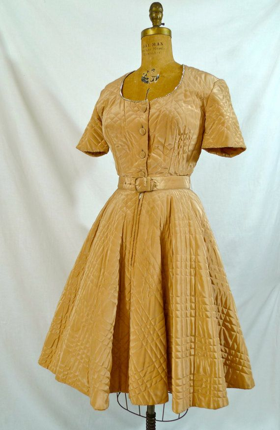 Vintage 1950's 50s Dress- Quilted Novelty-Beige-Silk-Mocha Taffeta Couture Hollywood Glamour Bombshell-Party Prom Cocktail Party Dress*Quilted Goodness!*